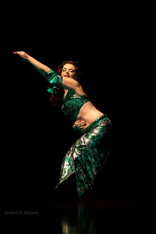 Tamar Bar-Gil Belly dance