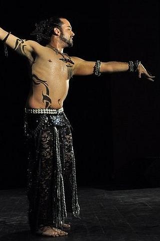 רקדן בטן - אלירן עמר